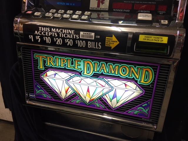 triple diamond 3 reel 9 line slotmachine4you